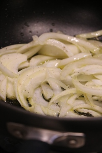 Rosolare le cipolle