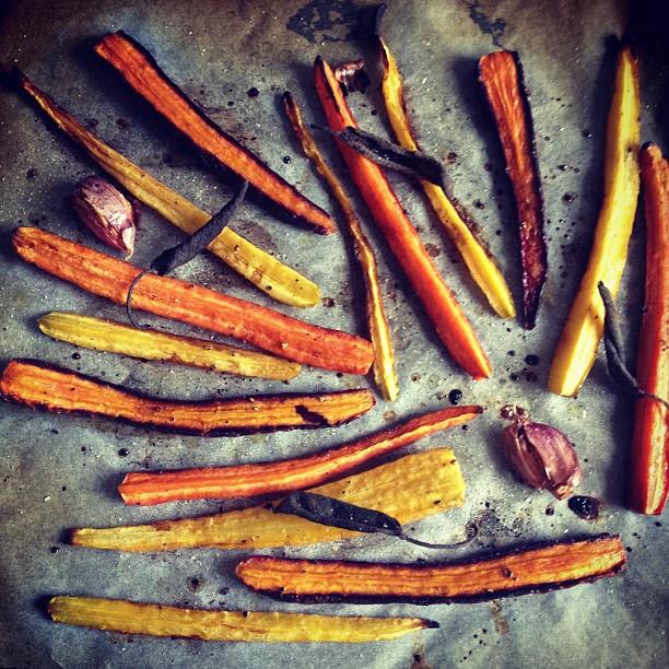 carote gialle, viola, arancioni