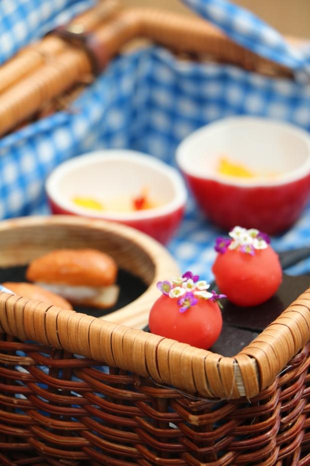 azurmendi eneko atxa appetizer picnic